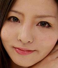 阪上 奈緒 30歳